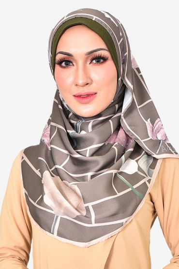 Kayla Instant Shawl with Swarovski